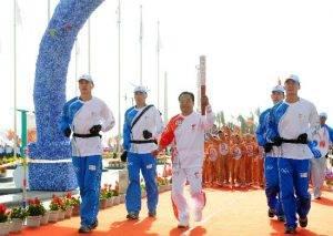 10年了 火炬手刘盛春的奥运情结