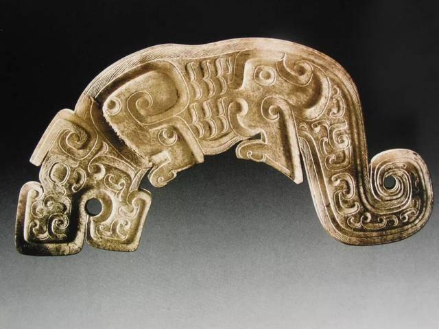 古玉纹饰之玉器上的绳纹和扭丝纹欣赏